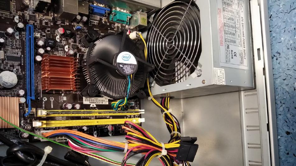 Limpeza interna de computadores de secretária (desktops)